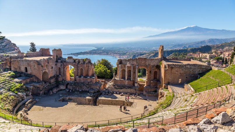 taormina-805x452 comlas it
